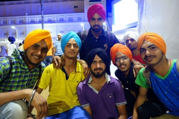 sikhs tour du monde temple d'or https://yoytourdumonde.fr
