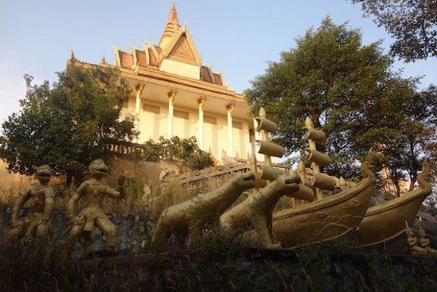 L'un des plus secrets des temples du Cambodges se trouvent à Kep, abandonnée ou pas? Photo blog de tour du monde https://yoytourdumonde.fr