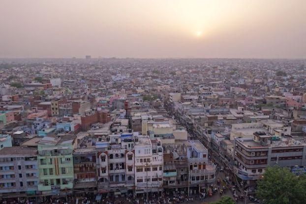 New Delhi en Inde compte plus de 20 millions d'habitants photo blog voyage tour du monde https://yoytourdumonde.fr