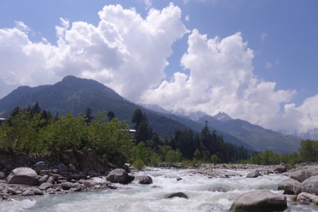 ville manali inde photo blog voyage tour du monde https://yoytourdumonde.fr