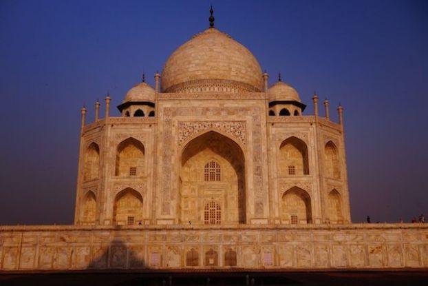 Taj Mahal en Inde photo blog tour du monde inde agra http://yoyytourdumonde.fr