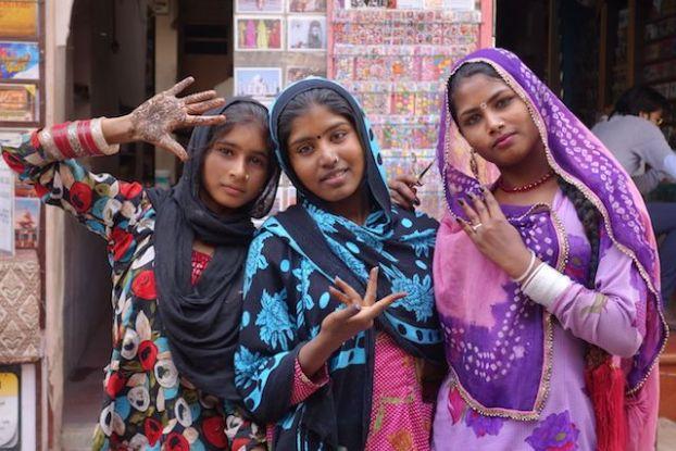 Outre la citadelle de Mehrangarh du coté de Jodhpur vous pouvez aussi partir à la rencontre des locaux photo blog voyage tour du monde https://yoytourdumonde.fr