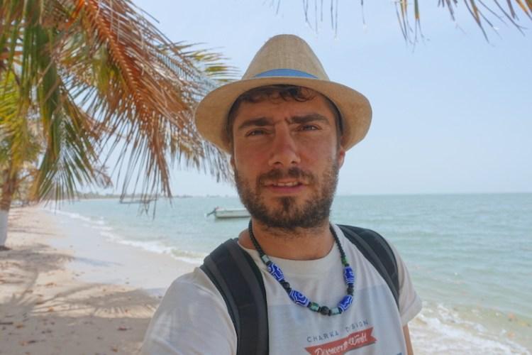 Petit selfie du coté de Carabane au Sénégal en Afrique et Casamance photo blog voyage tour du monde https://yoytourdumonde.fr