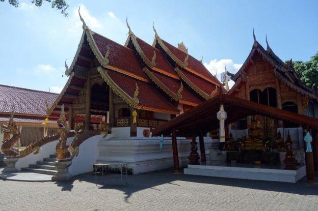 Un autre tres beau temple du cote de Chiang Mai en Thailande.