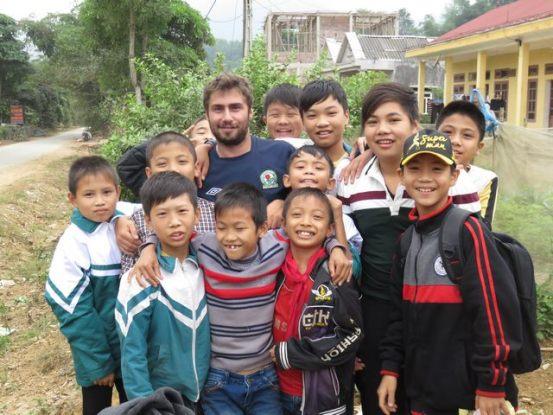 travel-vietnam-minorite-dao-ecole-photo