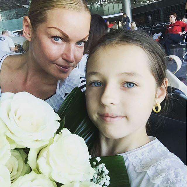 Волочкова готовит дочь к победе на «Евровидении»
