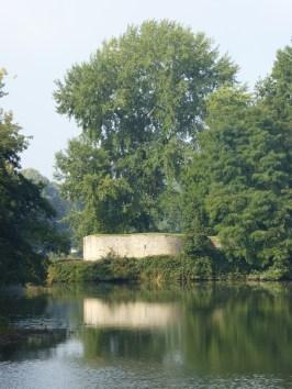 Vestingen met Leeuwentoren (Majoorgracht) - Ramparts with Bourgondic Liontower - Remparts et le Tour de Lion ©YRH2015