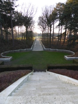 Polygon Wood Cemetery (Zonnebeke) ©YRH2016