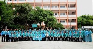 Penampilan Siswa dan Sekuntum Bunga Untuk Guru YPSA