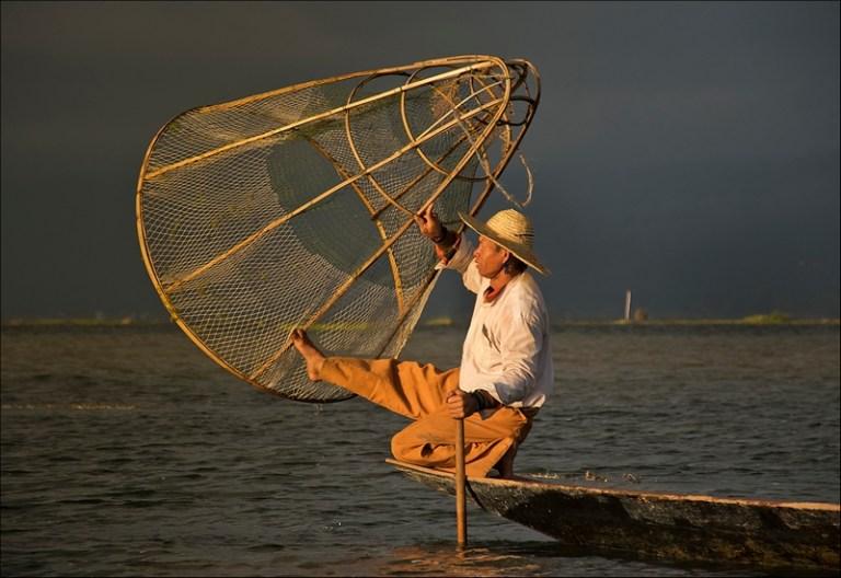 HOLM21392_Irina Wright_Inle Fisherman_800px