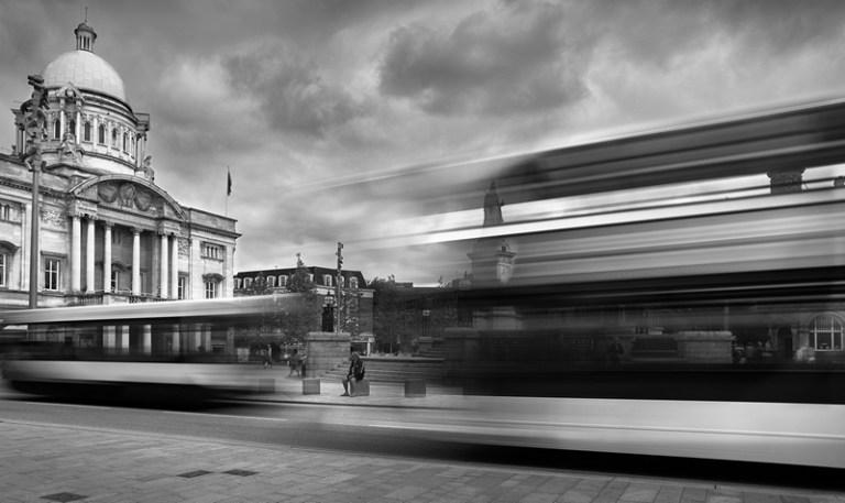 PONT21298_Stephen Dean_Speeding through Hull_800px