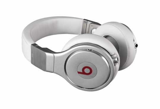 MHBTS POEWH 129480 GLAM1 540x368 - Beats Pro by Beats Dr. Dre