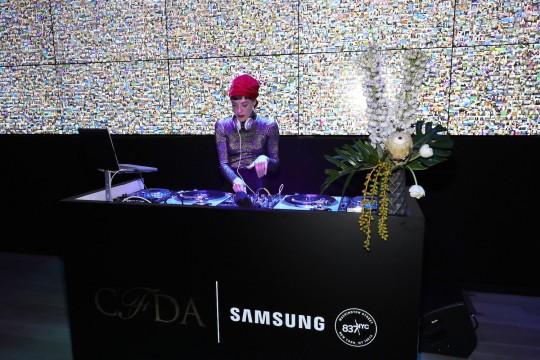 538519526 540x360 - Event Recap: Samsung 837 and the CFDA host 2016 @CFDA Fashion Awards after party@CFDA Awards after party.  @837NYC #CFDAAwards