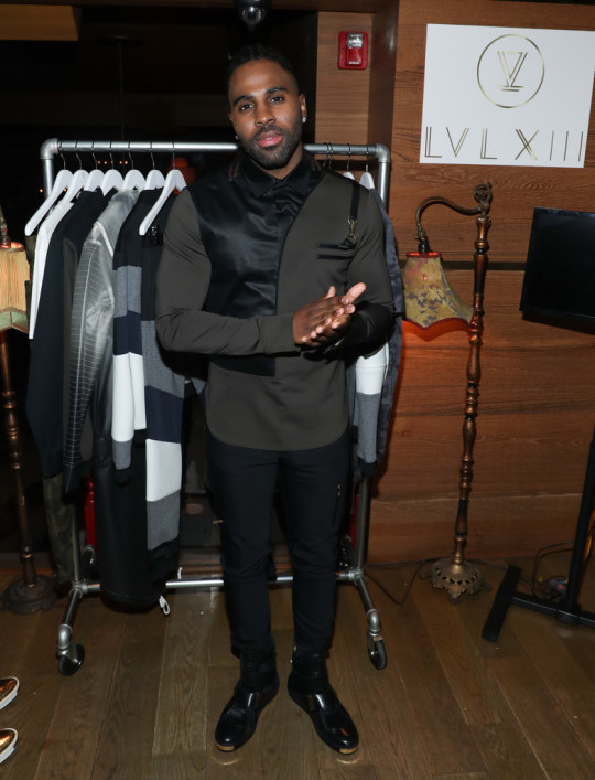 Jason+Derulo+Antonio+Brown+Hold+Dinner+Launch+M8vh55s7gusx 540x707 - Event Recap: Antonio Brown x Jason Derulo LVL XIII Launch @AntonioisMuted @LVLXIII_BRANDS @JasonDerulo @TaoDowntown