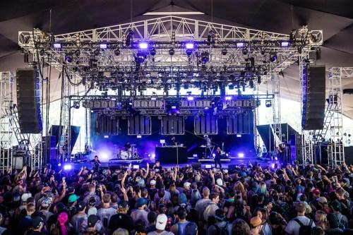 PANO2017 0730 153714 0315 ALIVECOVERAGE - Panorama 2017 Weekend Recap @Saintrecords @Frankocean @nineinchnails @cashmerecat @panoramanyc #amexaccess