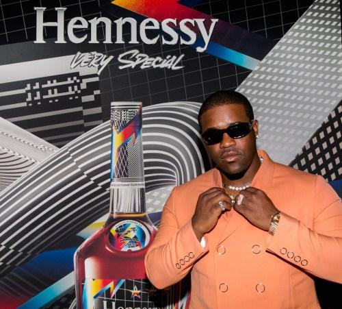 Hennessy V.S NYC Launch Event 1 500x451 - Hennessy V.S Limited Edition release by Felipe Pantone and A$AP Ferg @hennessyus @asapferg #felipepantone