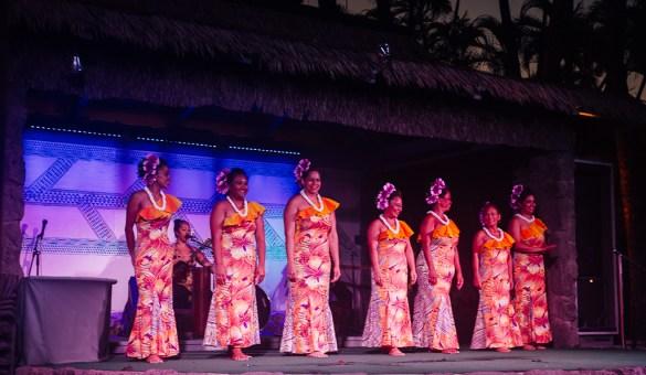 travel hula Hawaii Maui