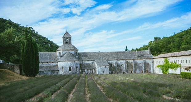 Most beautiful Provence villages, best places to visit in south of France