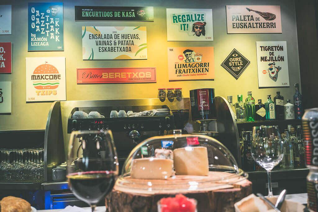 Best pintxos in San Sebastian, San Sebastian pintxos, San Sebastian best pintxos, San Sebastian pintxo bars, San Sebastian pintxo tour, San Sebastian pintxo crawl, San Sebastian old town pintxo bars, pintxos San Sebastian