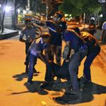 イスラム国の国内浸透に不安 バングラデシュ、ダッカ襲撃受け2日間服喪