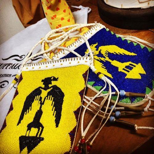 #beadspouch #junkyclassics別注 #buffalotracks #beadwork #leathercraft #handmade #無事に納品完了