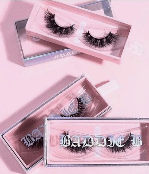 Pink square layer eyelash cases