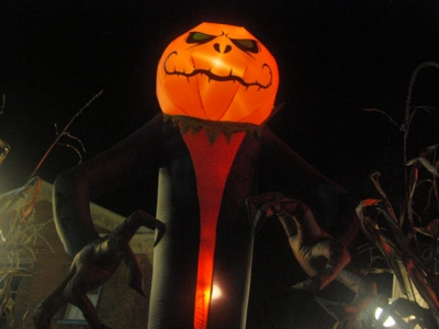 Halloween Scarecrows (and one jack-o'-lantern)