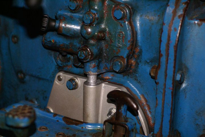 Ford 1715 Tractor Wiring Diagram Can T Find Hydraulic Oil Check Plug See Pics Ford