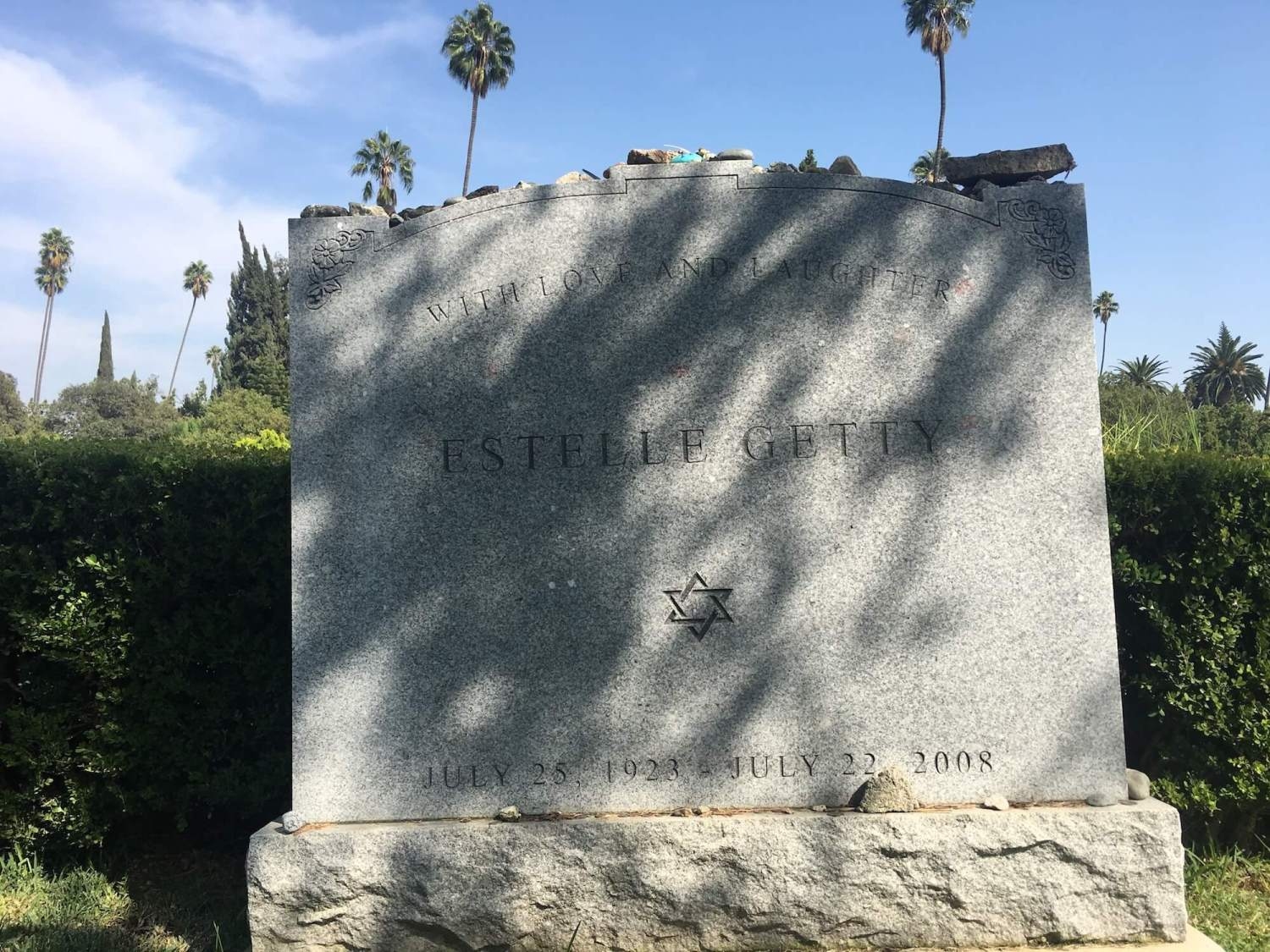 Estelle Getty grave, hollywood Forever Cemetery