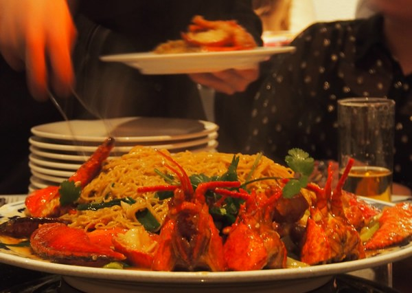 Serving of lobster noodles in Mandarin Kitchen