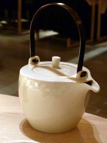 tea pot at Sake no Hana | ytTastes | Yvanne Teo