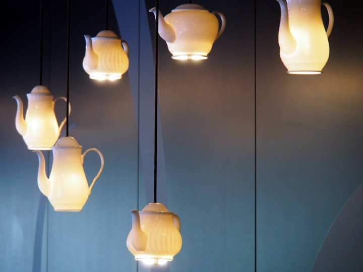 Bea's of Bloomsbury at St Paul's teapot lights  | ytTastes | Yvanne Teo
