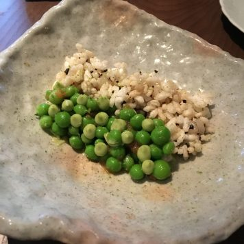 Scallop tartare with fresh peas