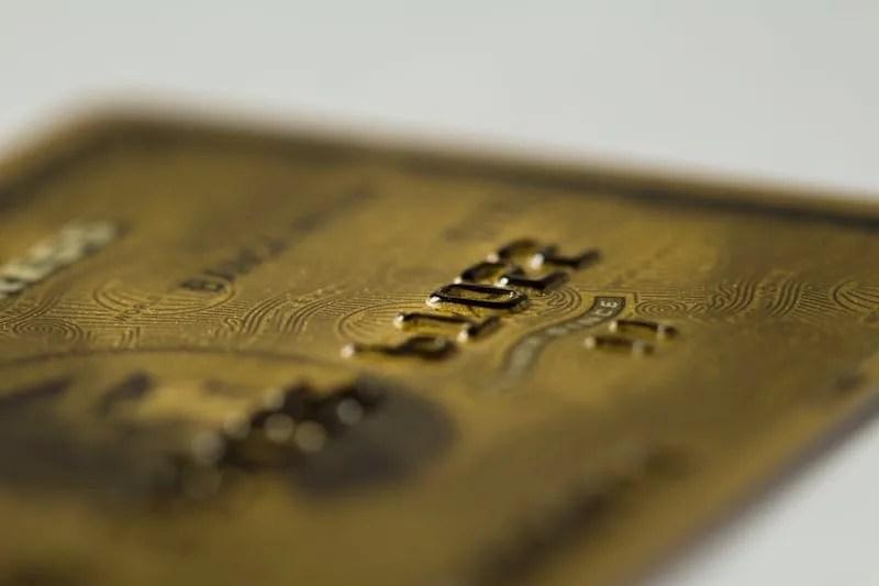 タイでクレジットカードを使用する際の注意点