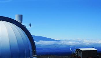 Top of Mauna Loa Observatory 2019 Susan Cobb - NOAA photo