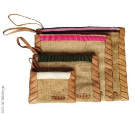 Vintage-Burlap-Pouch-with-Leather-&-Mecapal-dutzi-design