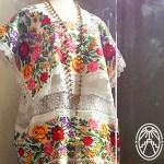 El Hipil: Vestimenta típica de las mestizas