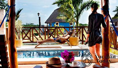 Hacienda Sotuta de Peon pareja piscina
