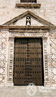 Merida Mejorada puerta iglesia