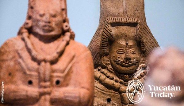 Jainas con figuras femeninas Mayas Prehispanicas