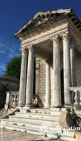 avenida-de-los-mausoleos-neoclasico-columnas-cementerio-general