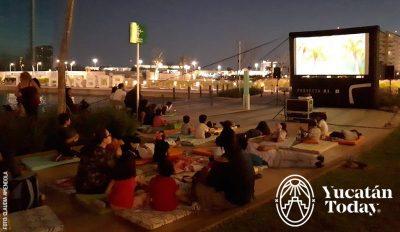 Open Air Cinema Cine Al Aire Libre The Harbor Mall
