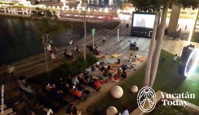 Open Air Cinema Cine Al Aire Libre The Harbor