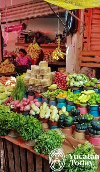 Mercado-Lucas-de-Galvez-Verduras-Puesto-by-Cassie-Pearse