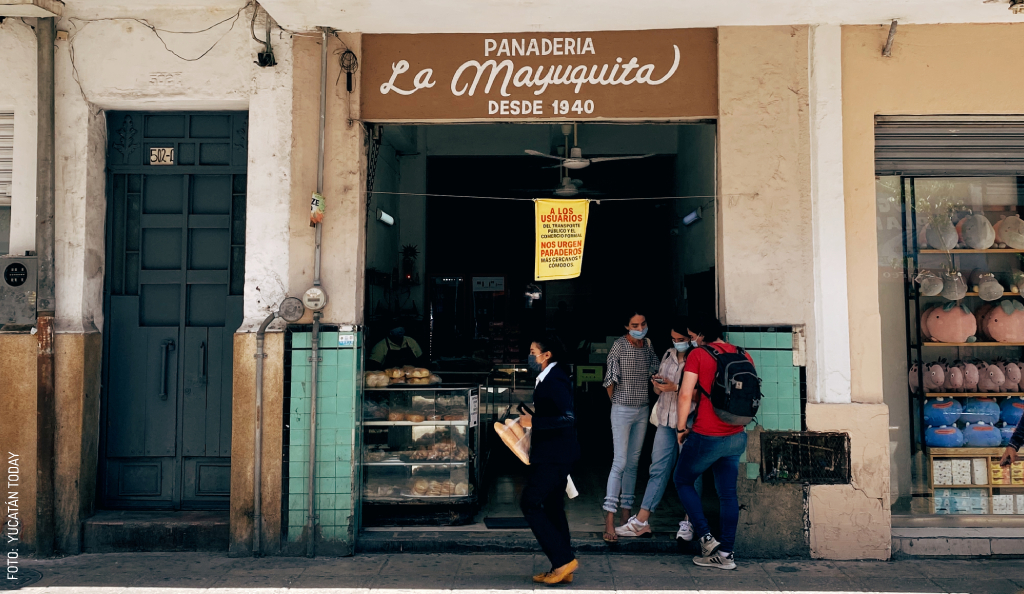 A Walk Around the Block In Mérida: Calle 60, 63, 65, and 62