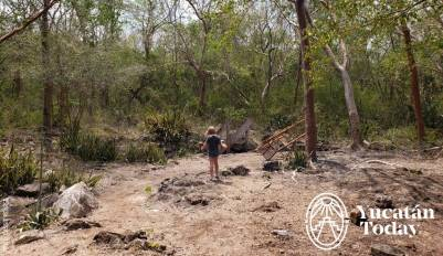 Muna cenote yax ha by Cassie Pearse (1)