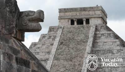 Piramide de Kukulkan Chichén Itzá by Carlos Rosado IMG_1952