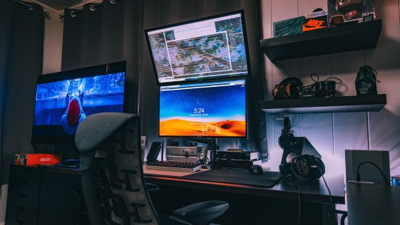 Double Screen Top and Bottom Computer System