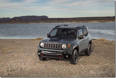 2015-jeep-renegade-51_800x0w