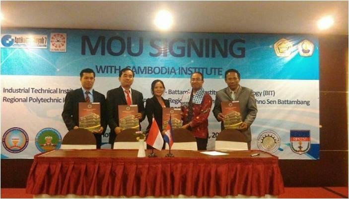 UYP menandatangani Kerja Sama dengan 4 Perguruan Tinggi Kamboja